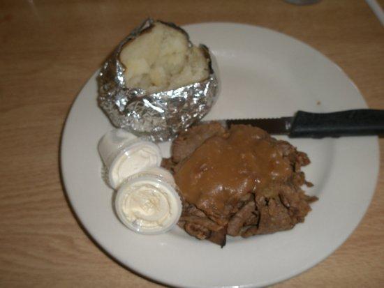 Kingsville, OH: Roast beef