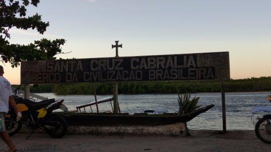Santa Cruz Cabralia: O Brasil começou aqui
