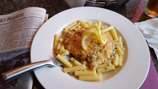 Suffield, CT: Chicken Francaise