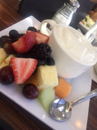 Shula's Steak House-The Original: Yogurt with granola at the bottom of the cup and fruit.
