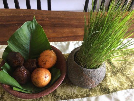 Ubud Green: fruit replenished every day