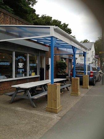 Графство Кент, UK: T Bones Cafe