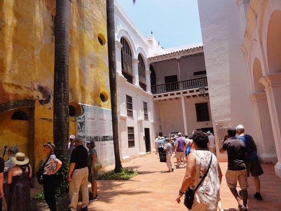 Museo Histórico de Cartagena de Indias: Inner Couryard