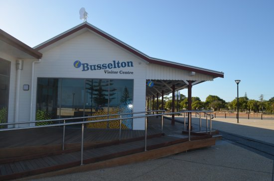 ‪Busselton Visitor Centre‬