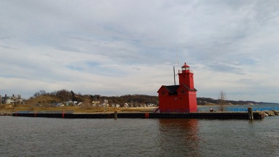 Holland State Park Beach: Big Red Lighthouse
