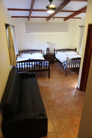 Villas Hermosas: Second room.