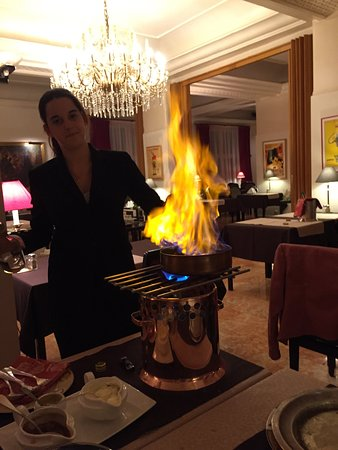 Grand Hotel Terminus Reine : photo0.jpg