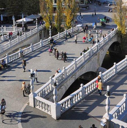 الجسر الثلاثي (تروموسفتوفجي): Triplo ponte (Tromostovje)