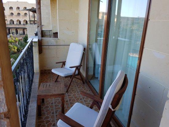 Kempinski Hotel San Lawrenz: TA_IMG_20170422_081014_large.jpg