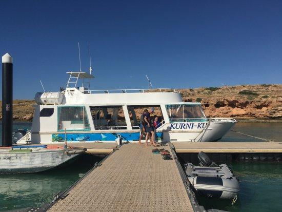 Coral Bay, Australia: The boat