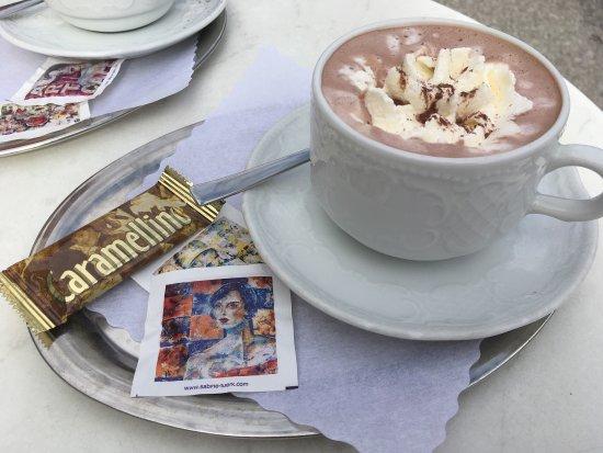 Ravensburg, Germany: Sehr nettes Café direkt am Marienplatz