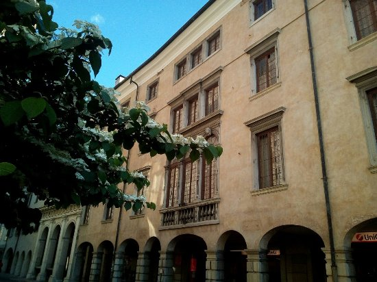 Palazzo Strassoldo