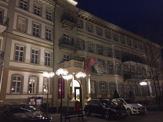 kurgarten wandelhalle direkt gegen ber des hotels picture of hotel kaiserhof victoria bad. Black Bedroom Furniture Sets. Home Design Ideas