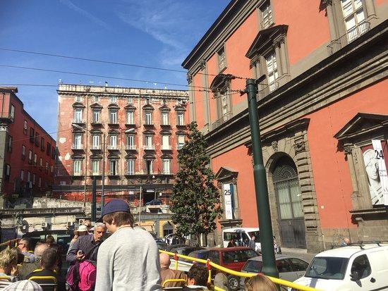 City Sightseeing Naples : Museo Linea rossa