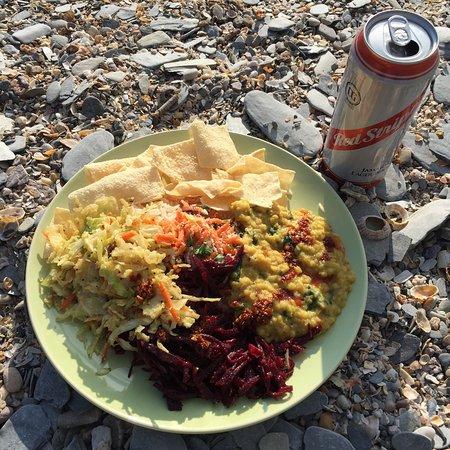 Barricane Beach Cafe: photo0.jpg
