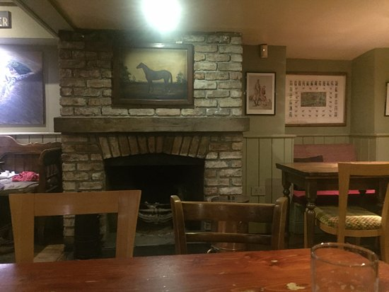 Thurles, Ireland: The lounge