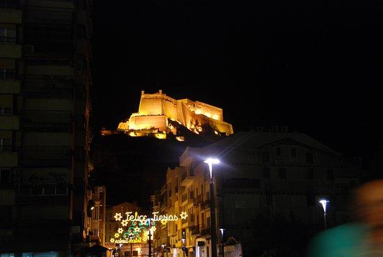 Castillo de Monzón: Jour de fêtes