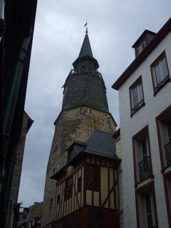 La Tour de l'Horloge: bell tower