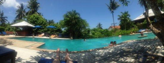 Lamai Buri Resort: Зона возле бассейна
