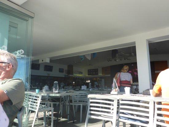 Bondi, Australia: Indoor or Outdoor Dining