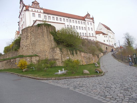 Colditz Castle: The imposing building - Schloss Colditz - has been renovated and is beautiful