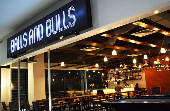 Balls & Bulls