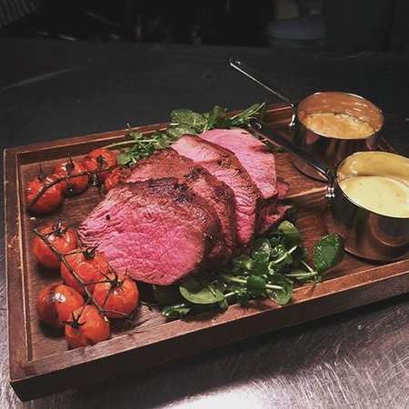 Lampeter, UK: A Chateaubriand to share