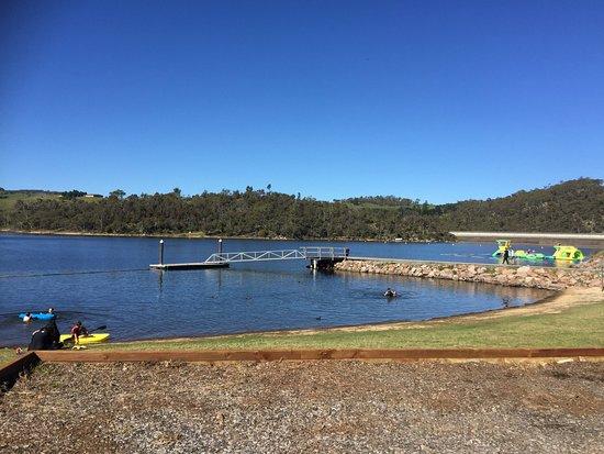Lithgow (เมืองลิธโกว์), ออสเตรเลีย: the lake