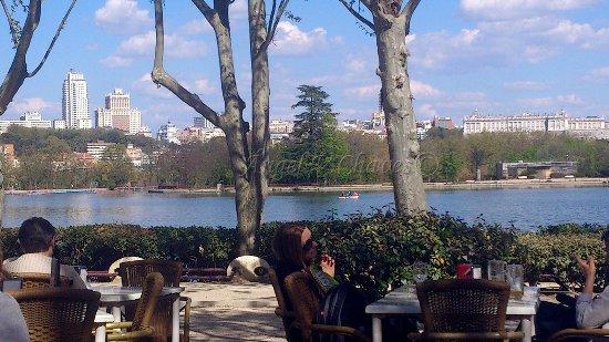 Madrid Y El Lago De La Casa De Campo Fotografía De