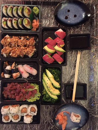 Oudenaarde, بلجيكا: Take Away sushi at home