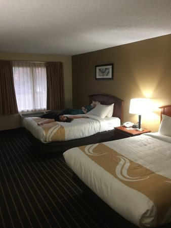 Quality Inn & Suites River Suites : Very clean and spacious....