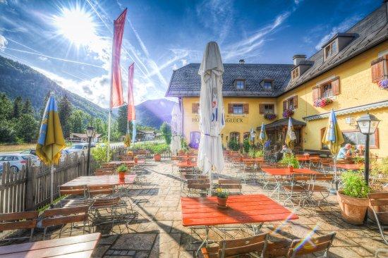 Hotel & Restaurant Alpenglueck
