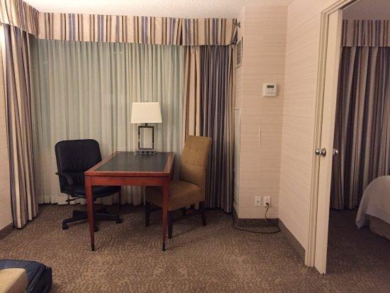 Cambridge Suites Toronto: photo2.jpg