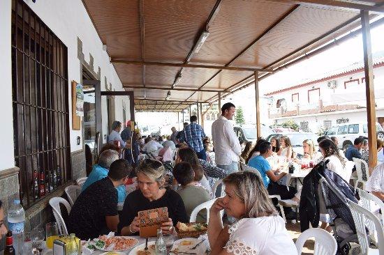 Arenas, Espanha: Foto terraza en nuestro restaurante