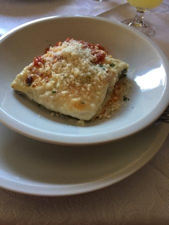 photo1.jpg - Picture of Ristorante Pizzeria Terrazza, Ortisei ...