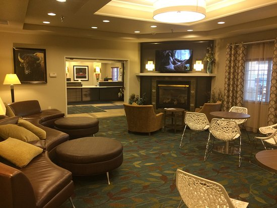 Candlewood Suites Fargo: photo0.jpg