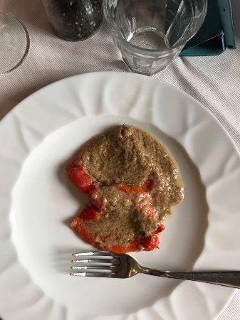 Piatto di Plin gobbi, antipasto peperoni e bagna cauda ( molto ...