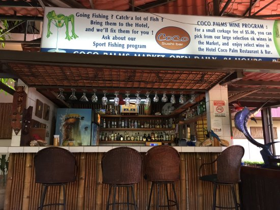 Hotel Coco Palms: bar