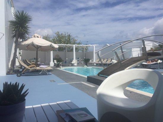 Aressana Spa Hotel and Suites: Bello hotel. Un excelente desayuno variado y con comida local también. El personal muy atento.
