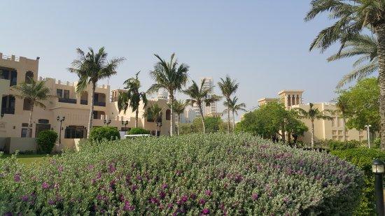 Hilton Al Hamra Beach & Golf Resort: Gartenanlage