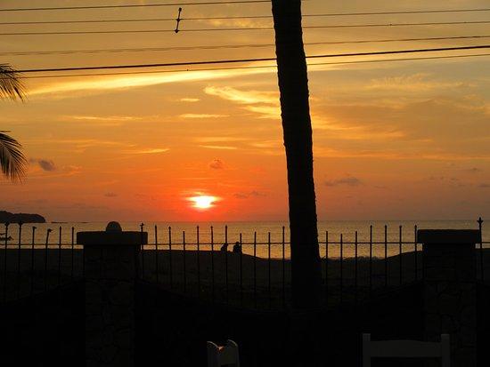 Brasilito, Costa Rica: Sunset at Tiki's