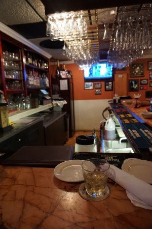 Martin's Restaurant: The bar area.