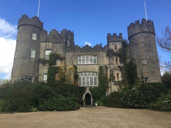 Malahide, Irlandia: The castle