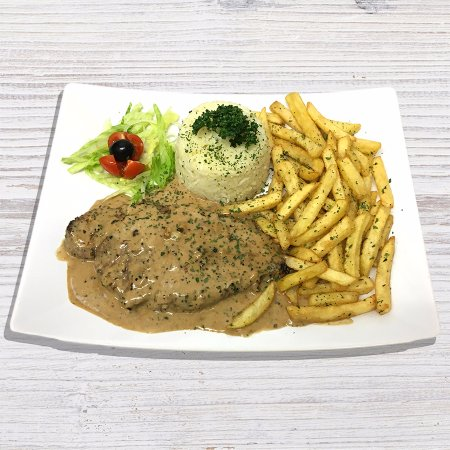 Leigh, UK: Pepper Steak