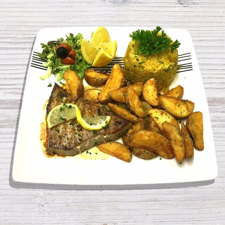 Leigh, UK: Grilled Tuna Steak