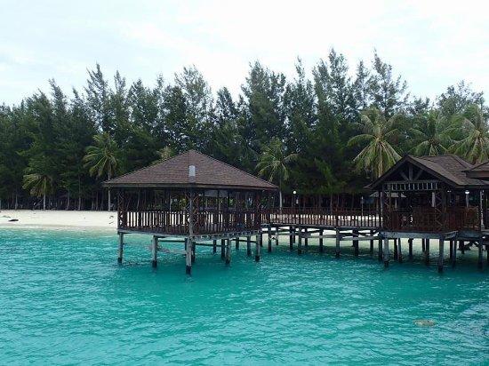 Kota Kinabalu District, Malaysia: At Mantanani Island
