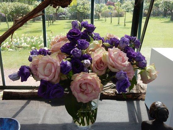 Groot-Bijgaarden, Belgio: flower arrangement