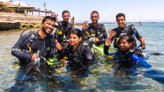 Deep Blue Divers Dahab: our team in action