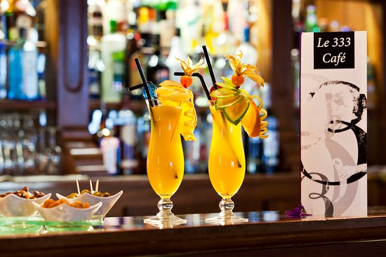 333 Café Ambiance So British Cocktail 333 Picture Of