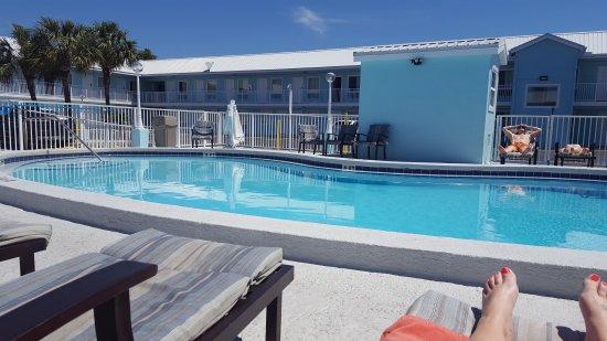 Destin Inn & Suites: 20170402_121632_large.jpg